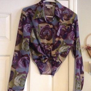 XOXO - Pretty & sheer blouse - Like New 💜